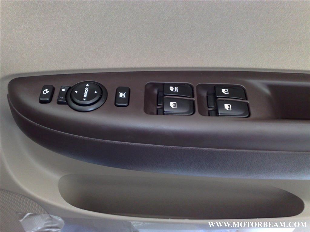 hyundai_i20_power_window