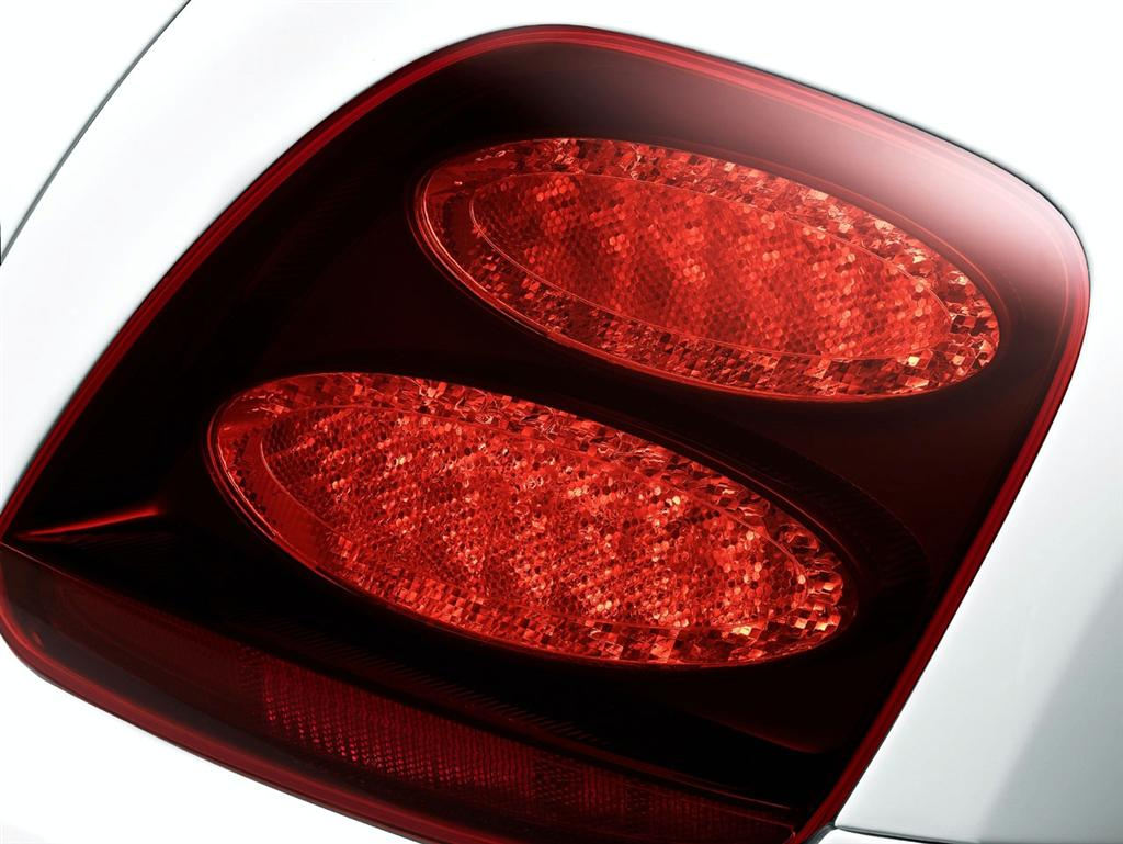 bentley_continental_supersports_tail_lights