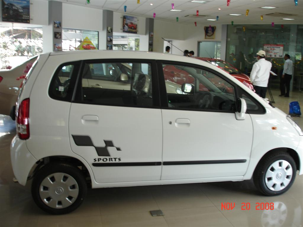 maruti_zen-estilo_sports_side