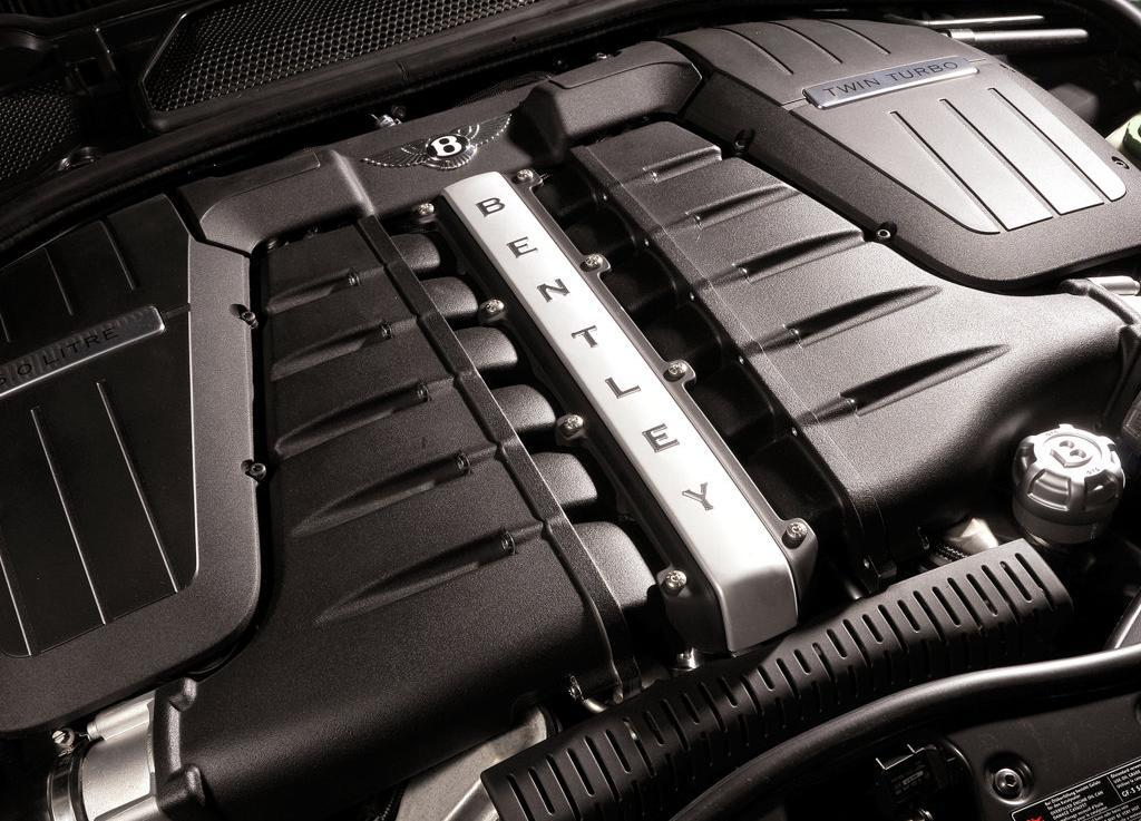 Bentley_Continental_Flying_Spur_Speed_W12_Engine