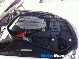 2011_BMW_650i_Engine
