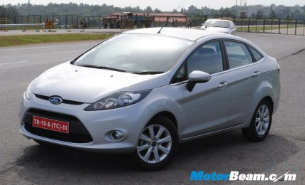 2011_Ford_Fiesta_Exterior_4