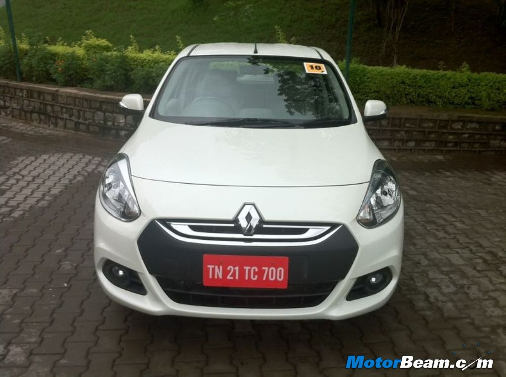 2012 Renault Scala Front