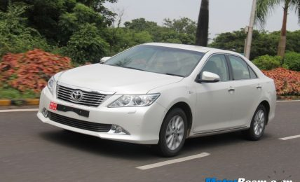 2012 Toyota Camry Road Test