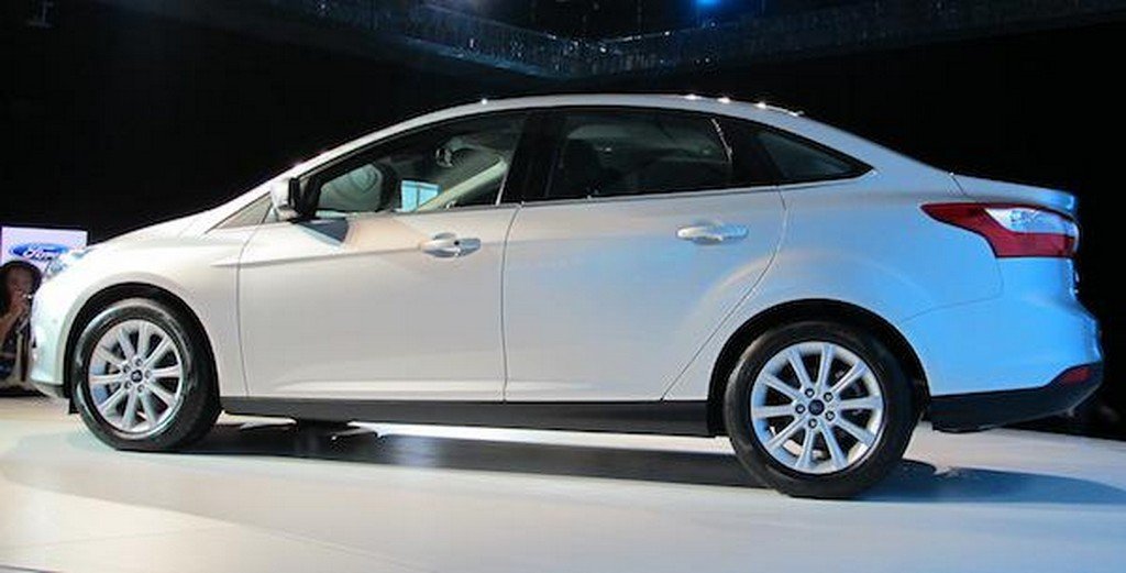 2012 Ford Focus Asia side