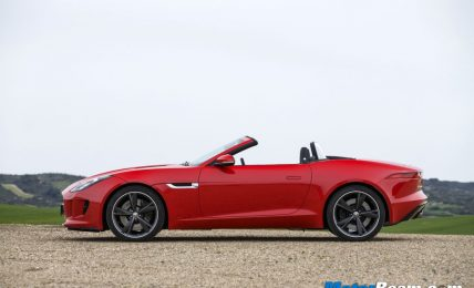 2013 Jaguar F-Type Roof Down