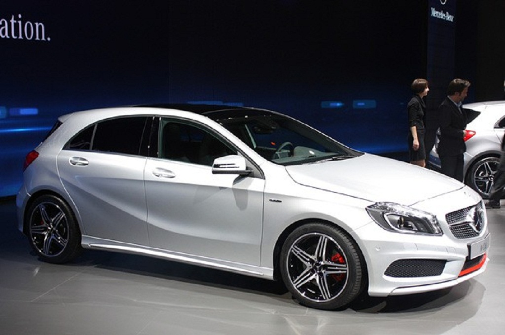 2013 Mercedes Benz A Class Front Angle