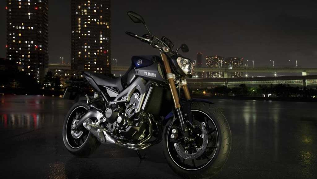 2013 Yamaha MT-09 Looks