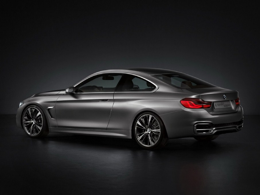 2014 BMW 4-Series Coupe Side