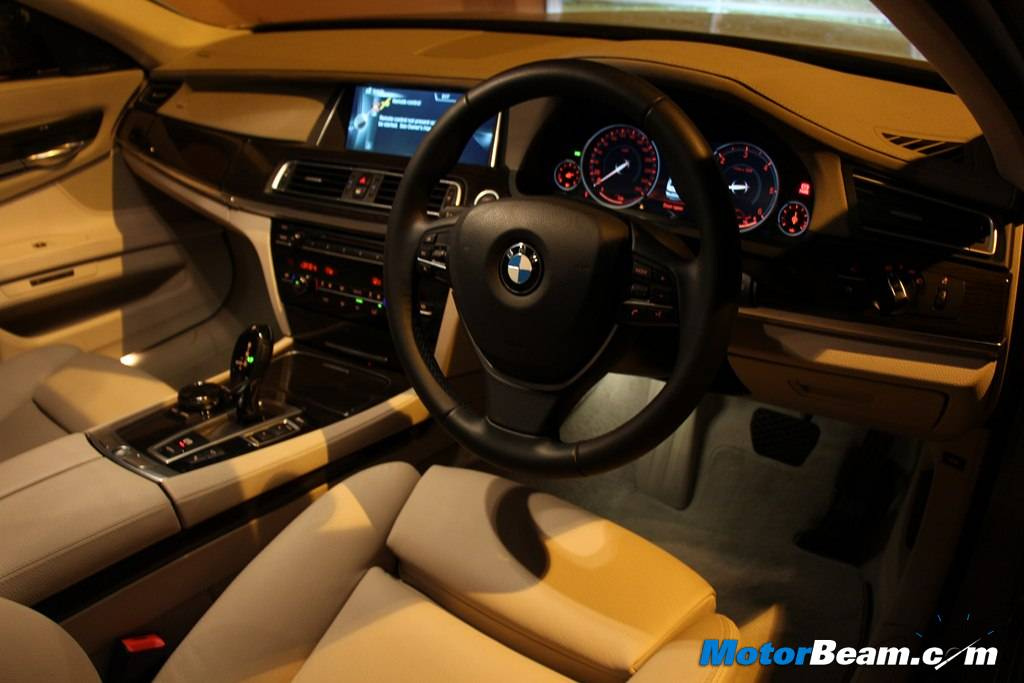 2014 BMW 7-Series Interior Review