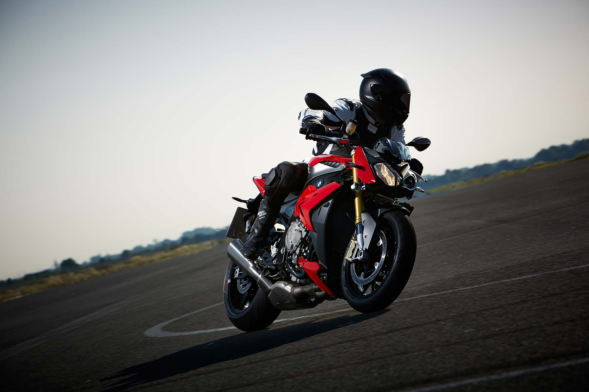 2014 BMW S1000R Action