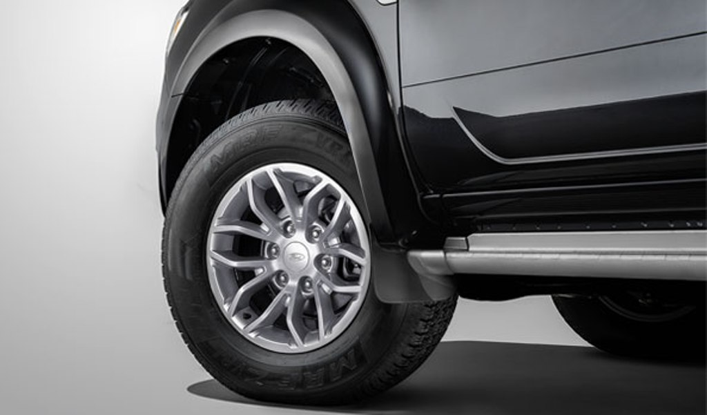 2014 Ford Endeavour Alloy Wheels