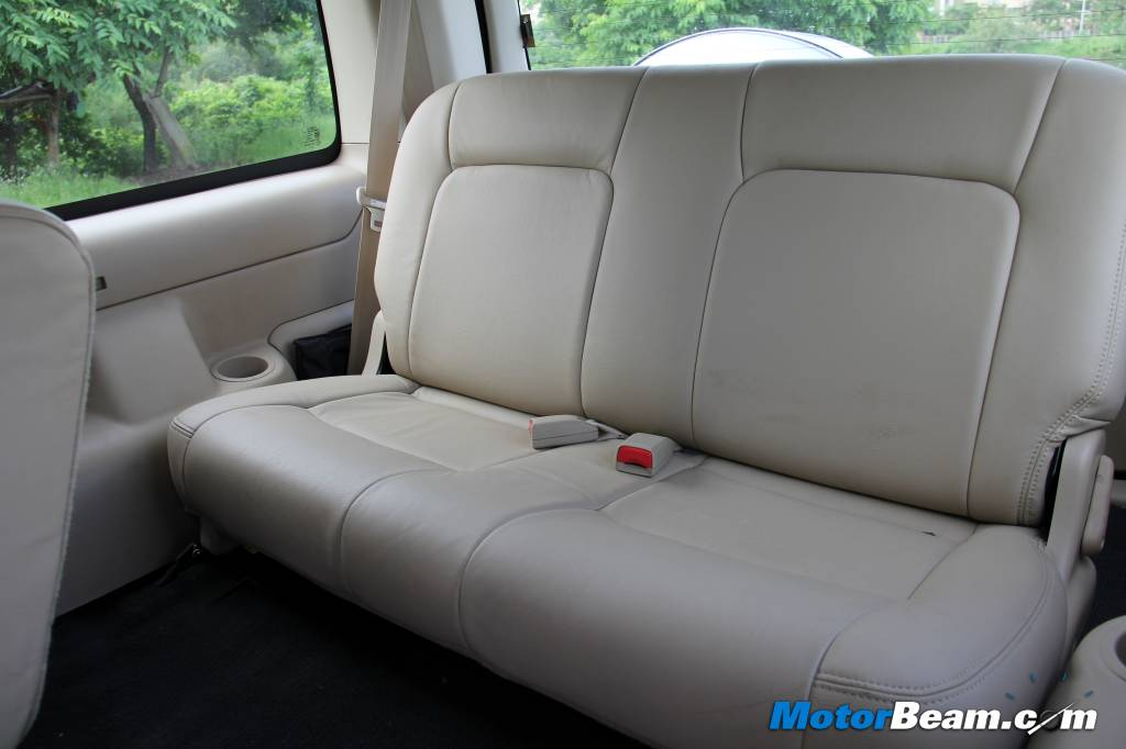 2014 Ford Endeavour Comfort