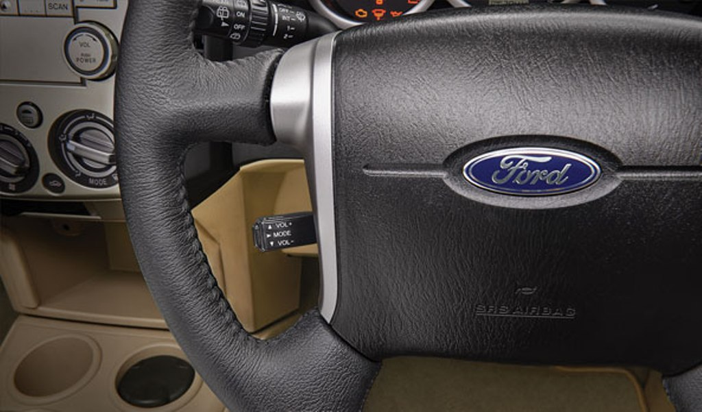 2014 Ford Endeavour Cruise Control