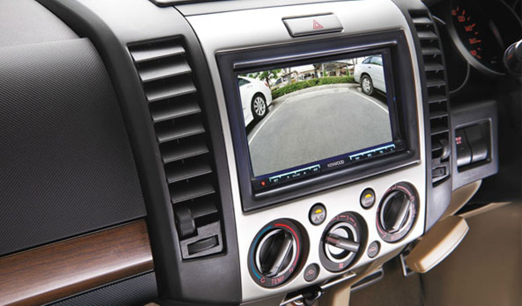 2014 Ford Endeavour Reverse Parking Camera