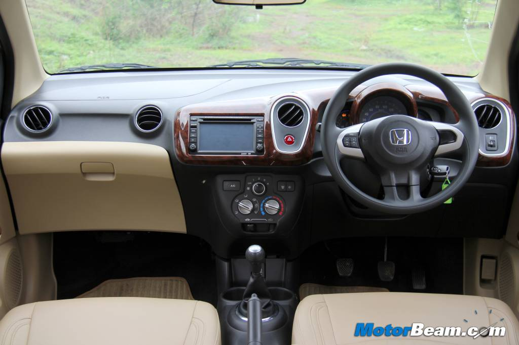 Honda Mobilio Rs Only Offered In Diesel Sales Start In September