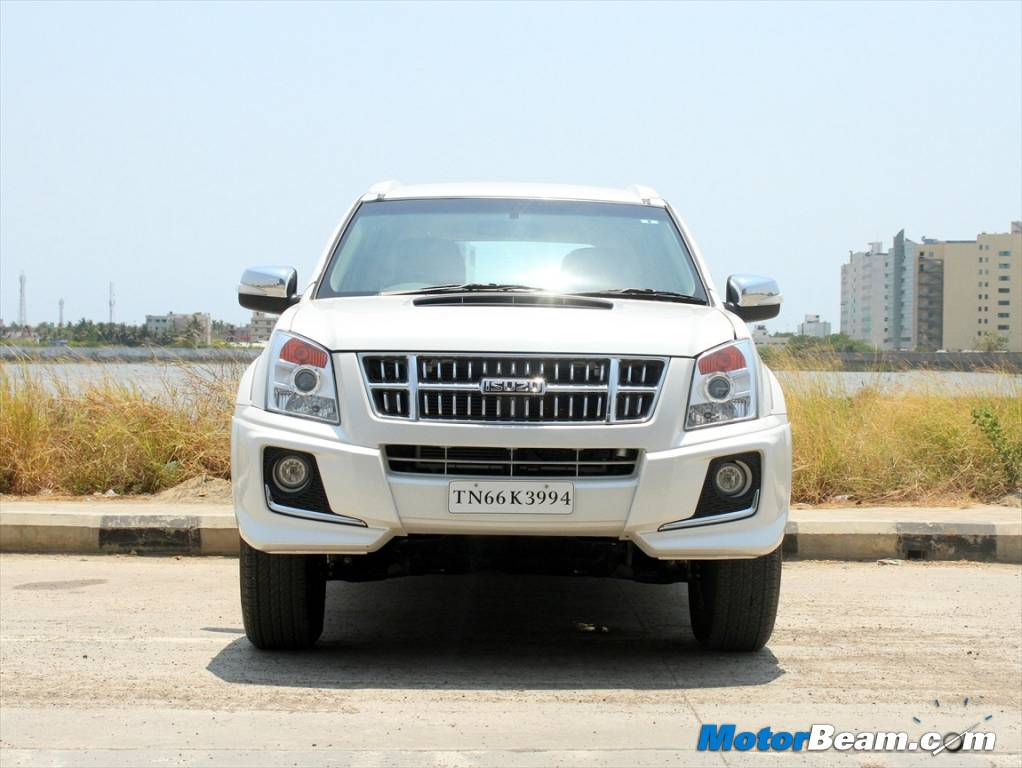 mu x replaces the mu 7 in the isuzu lineup 2014 isuzu mu x suv
