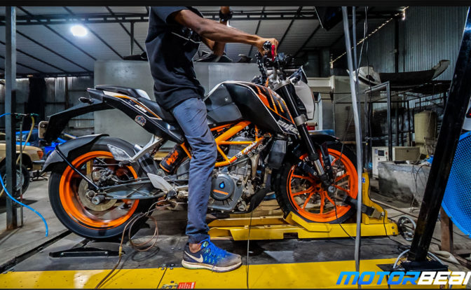 2014 KTM Duke 390 Dyno Test Video