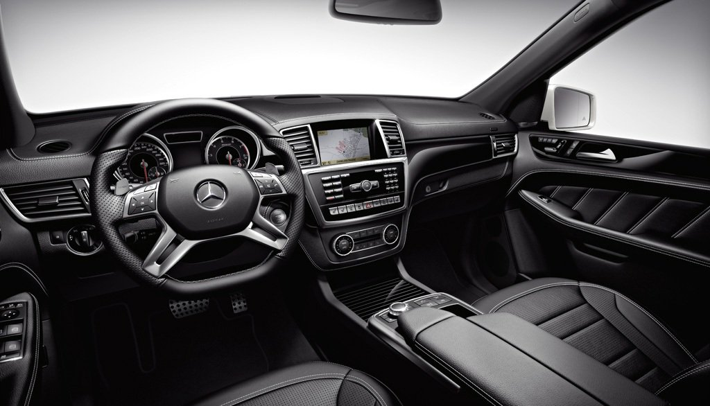 2014 Mercedes ML63 AMG Dashboard
