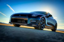 2014 Nissan GT-R Track Edition Front