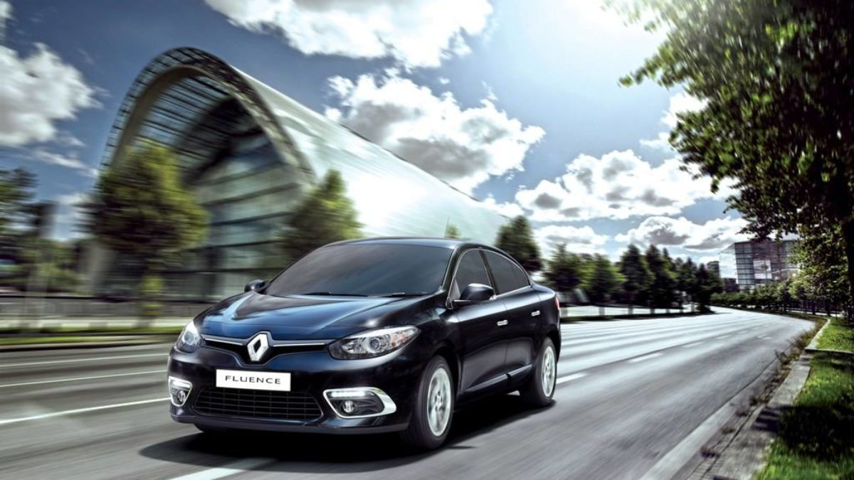 Renault Fluence Discontinued In India Megane Sedan Launch In 2017 Motorbeam