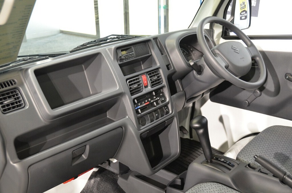2014 Suzuki Carry Interiors