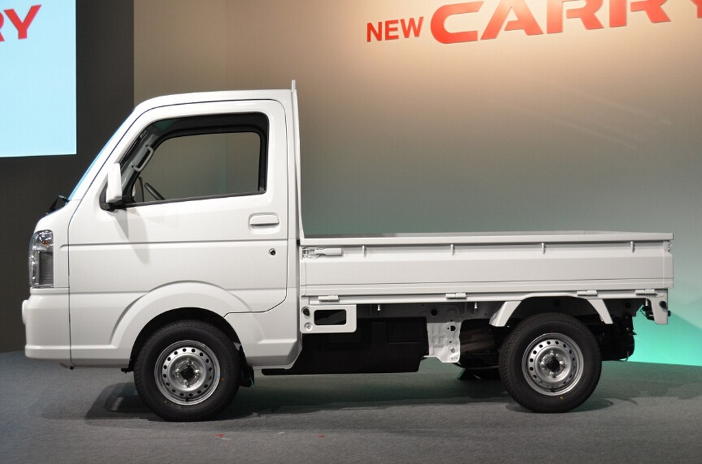 2014 Suzuki Carry Side