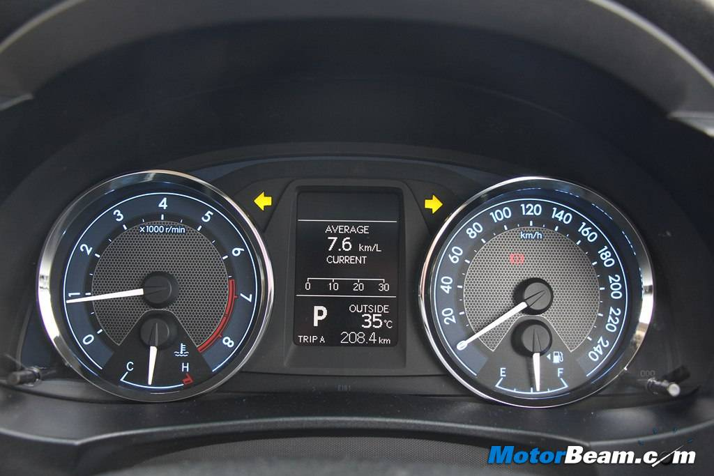 2014 Toyota Corolla Altis Instrument Cluster
