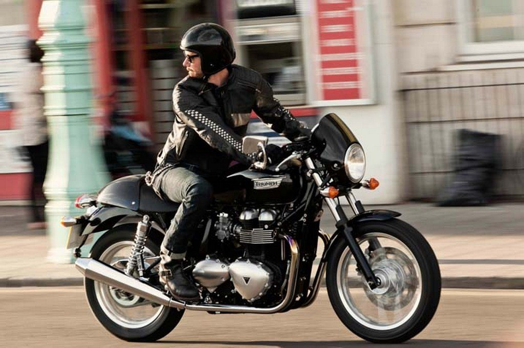 2014 Triumph Thruxton Side