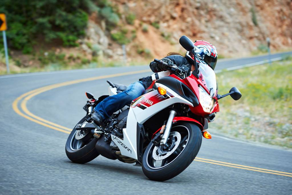 Swell 2014 Yamaha Fz6R Specifications Pictures Short Links Chair Design For Home Short Linksinfo