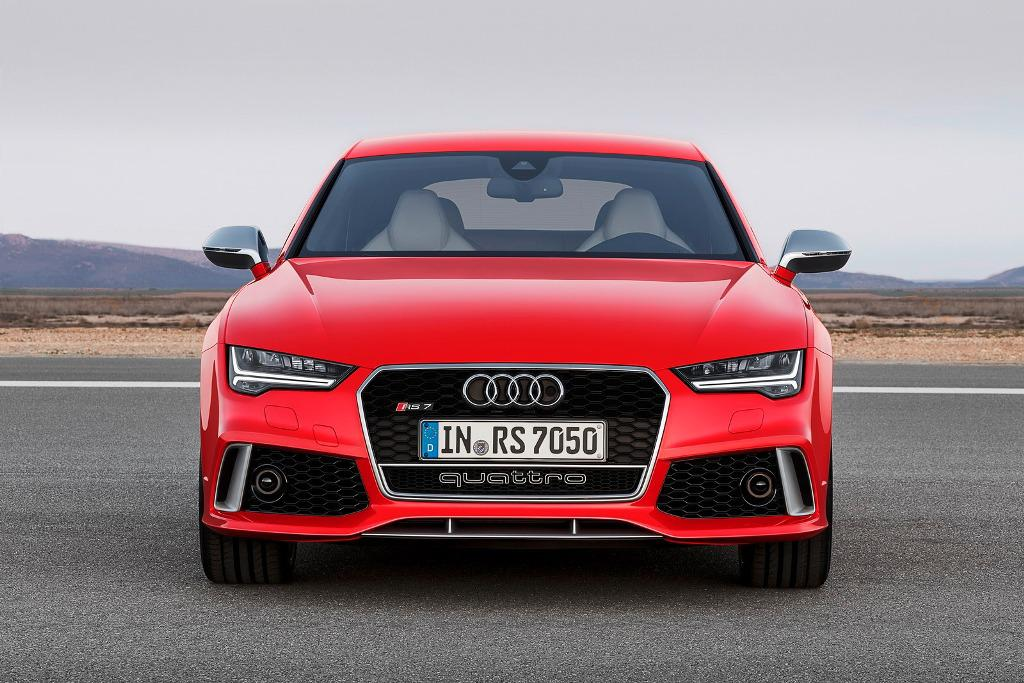 2015-Audi-RS7-Front
