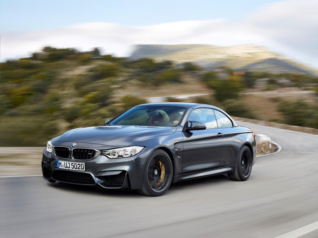 2015 BMW M4 Convertible Roof Up