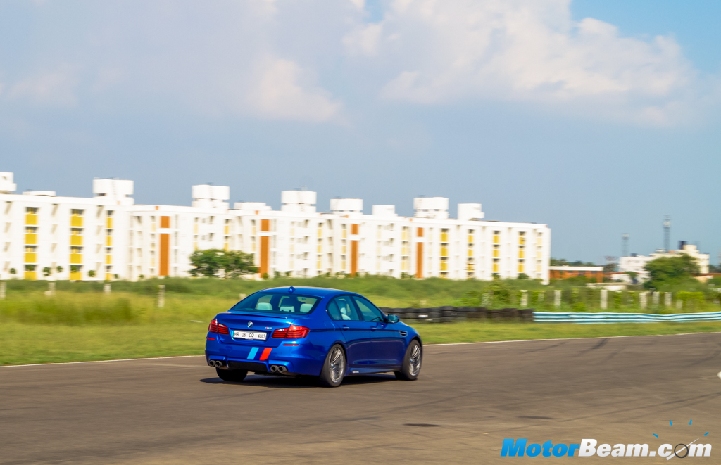 2015 BMW M5 Driving Review
