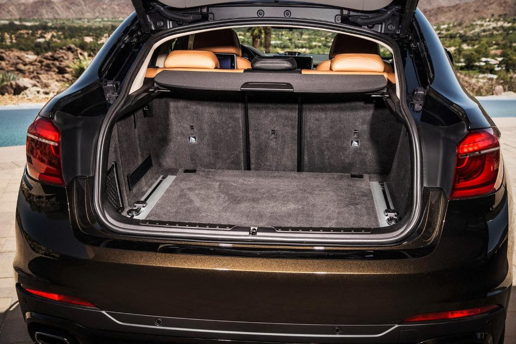2015 BMW X6 Boot Space
