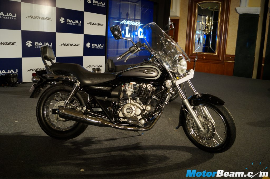 2015 Bajaj Avenger Cruise 220 Side