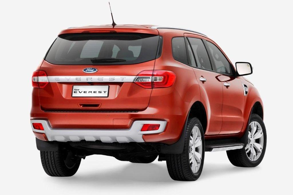 2015 Ford Endeavour Rear