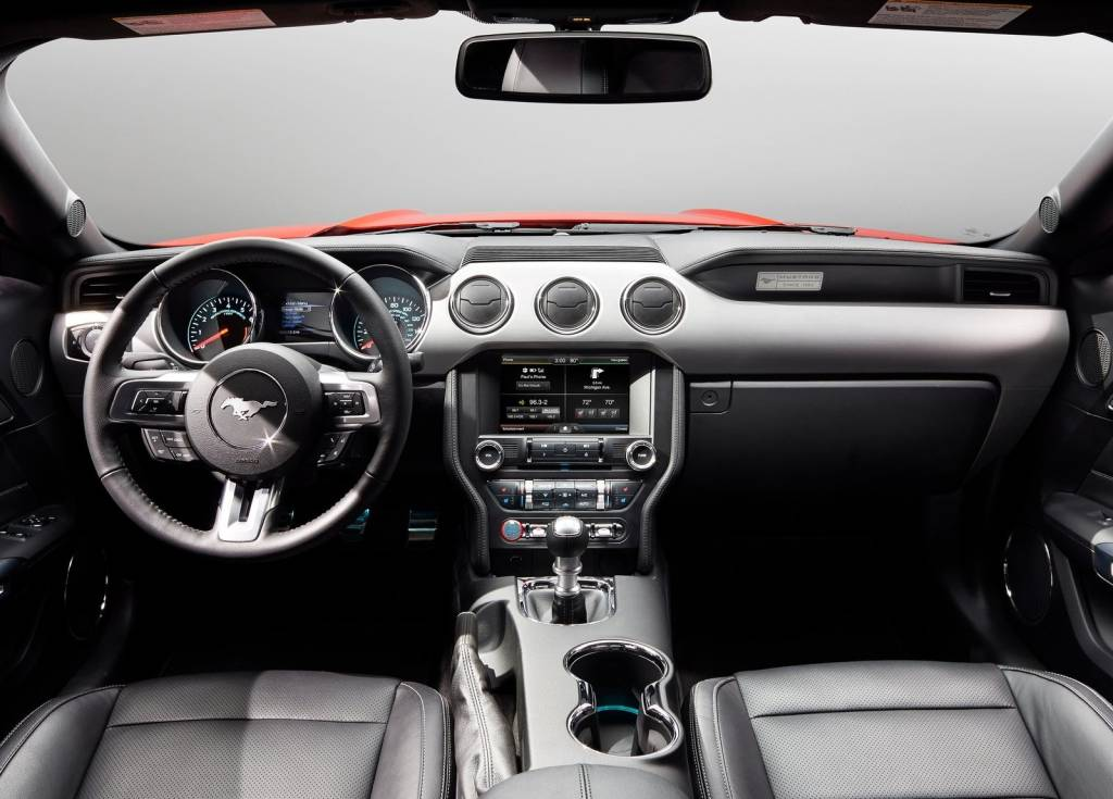 2015 Ford Mustang Interiors