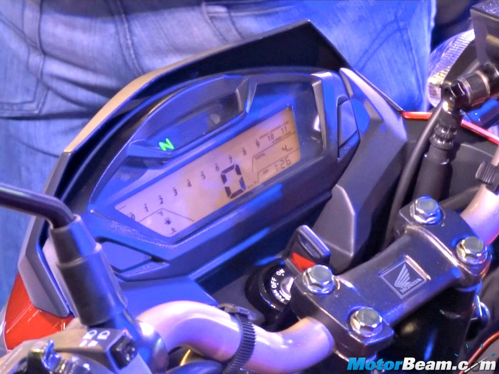 2015 honda cb hornet 160r showcased in india launch in late 2015