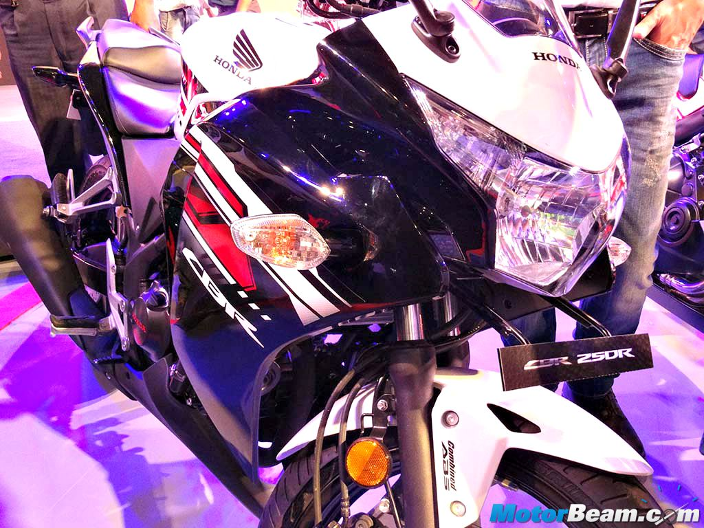 2015 Honda CBR250R New Colours