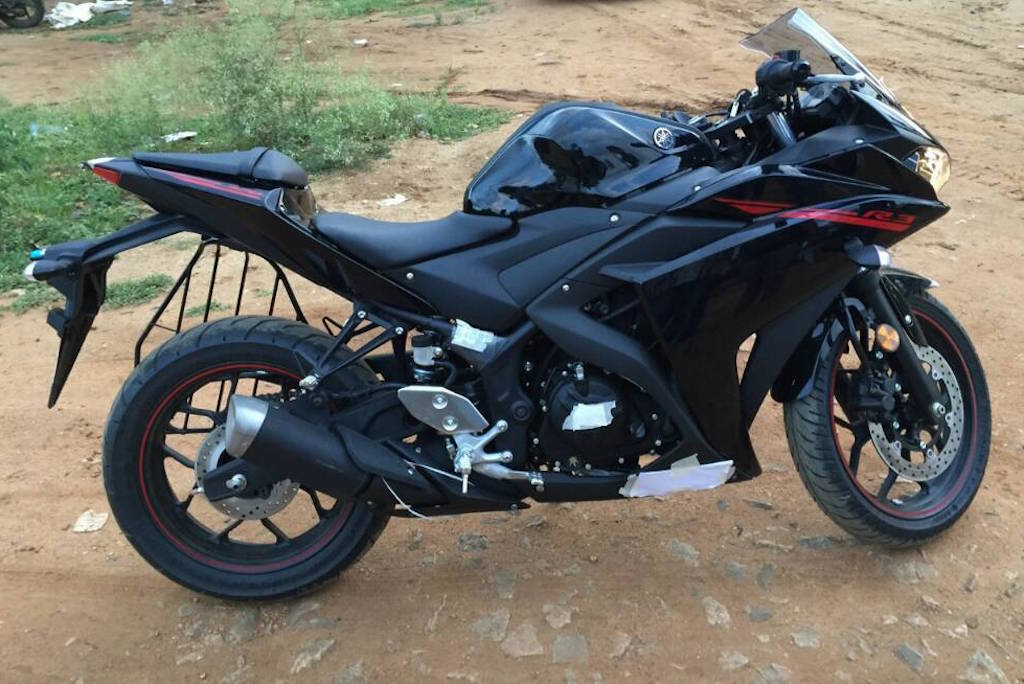2015 India Spec Yamaha R3 Spotted
