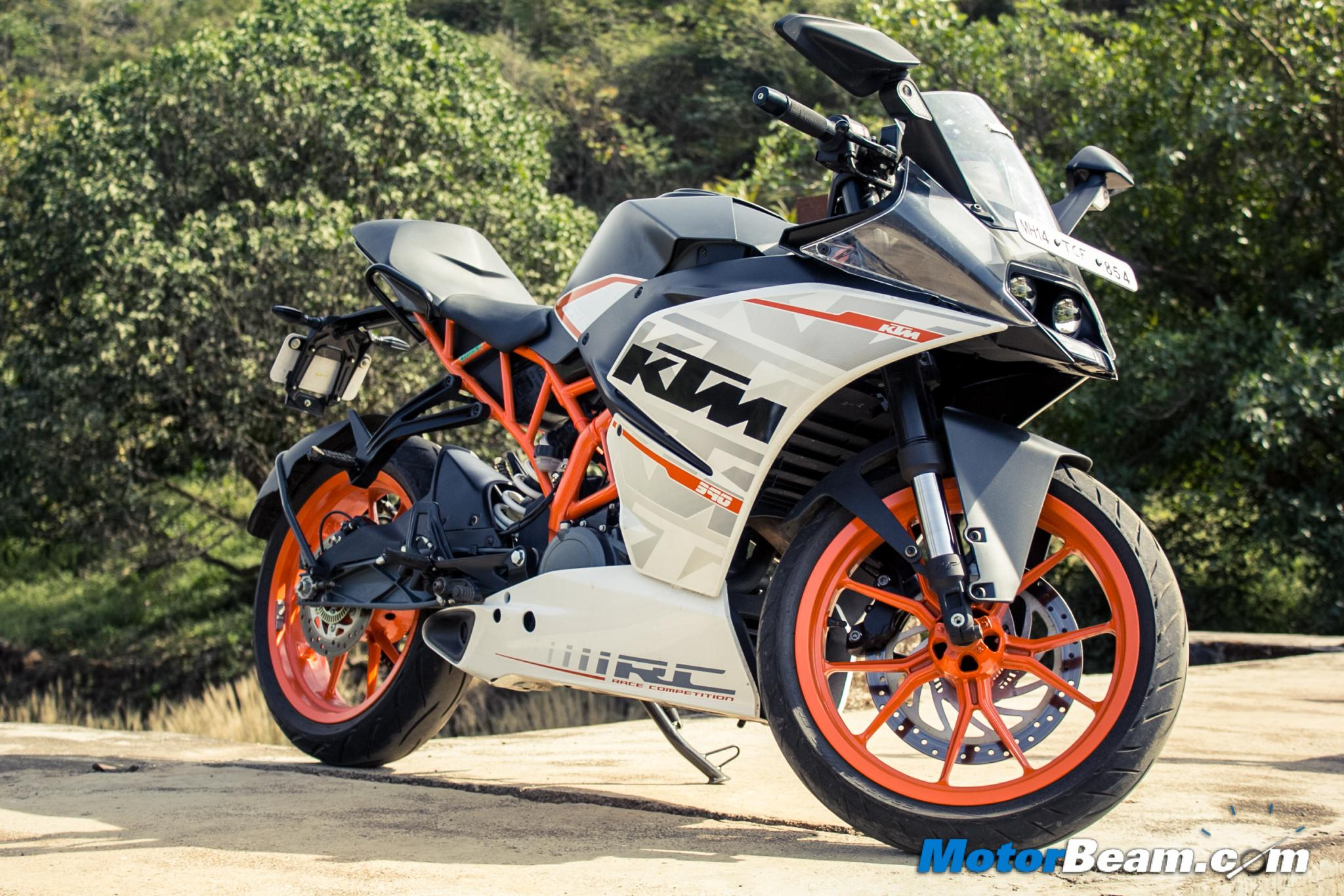 2015 KTM RC 390 Test Ride Review