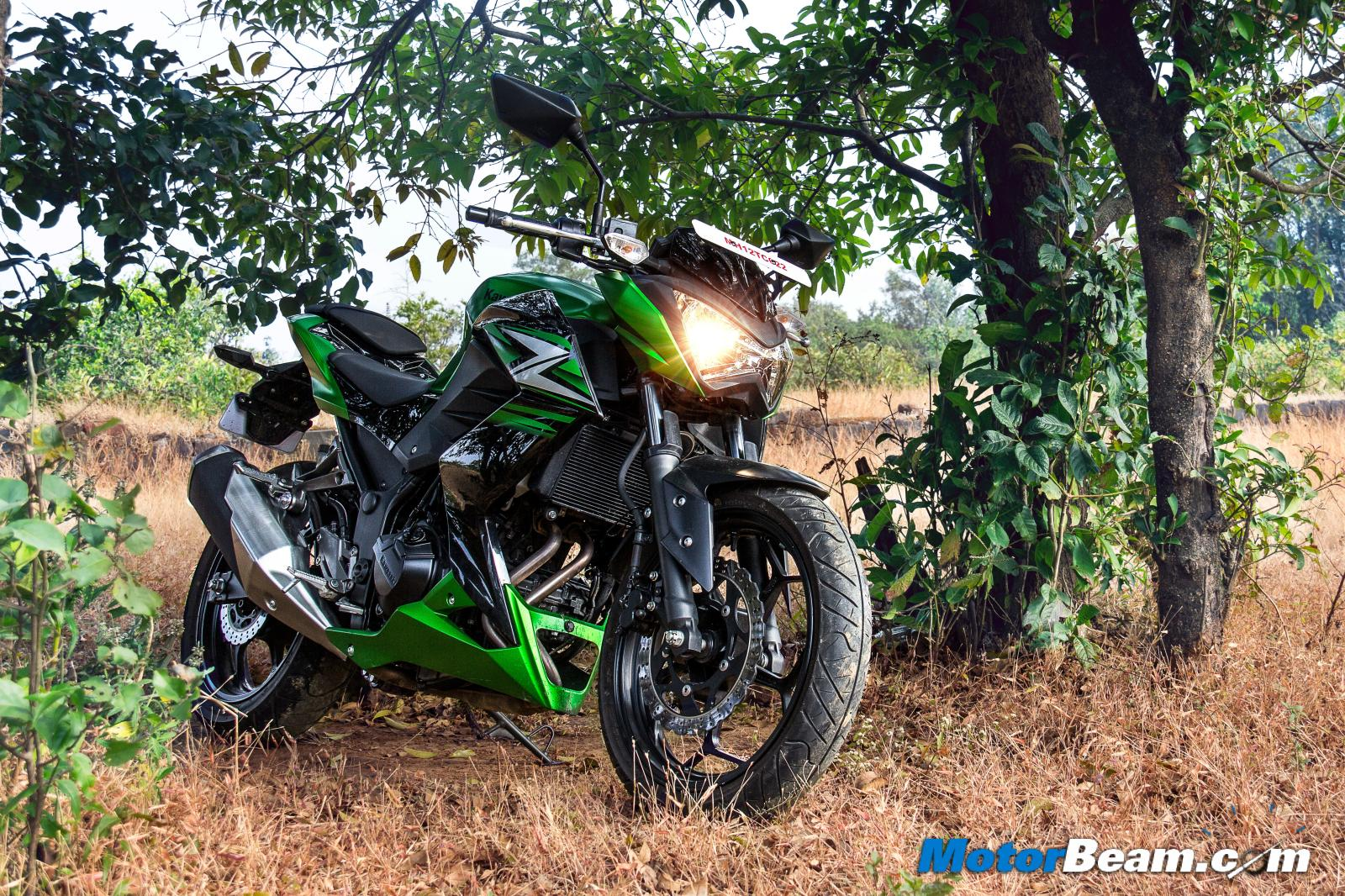 2015 Kawasaki Z250 Test Ride Review