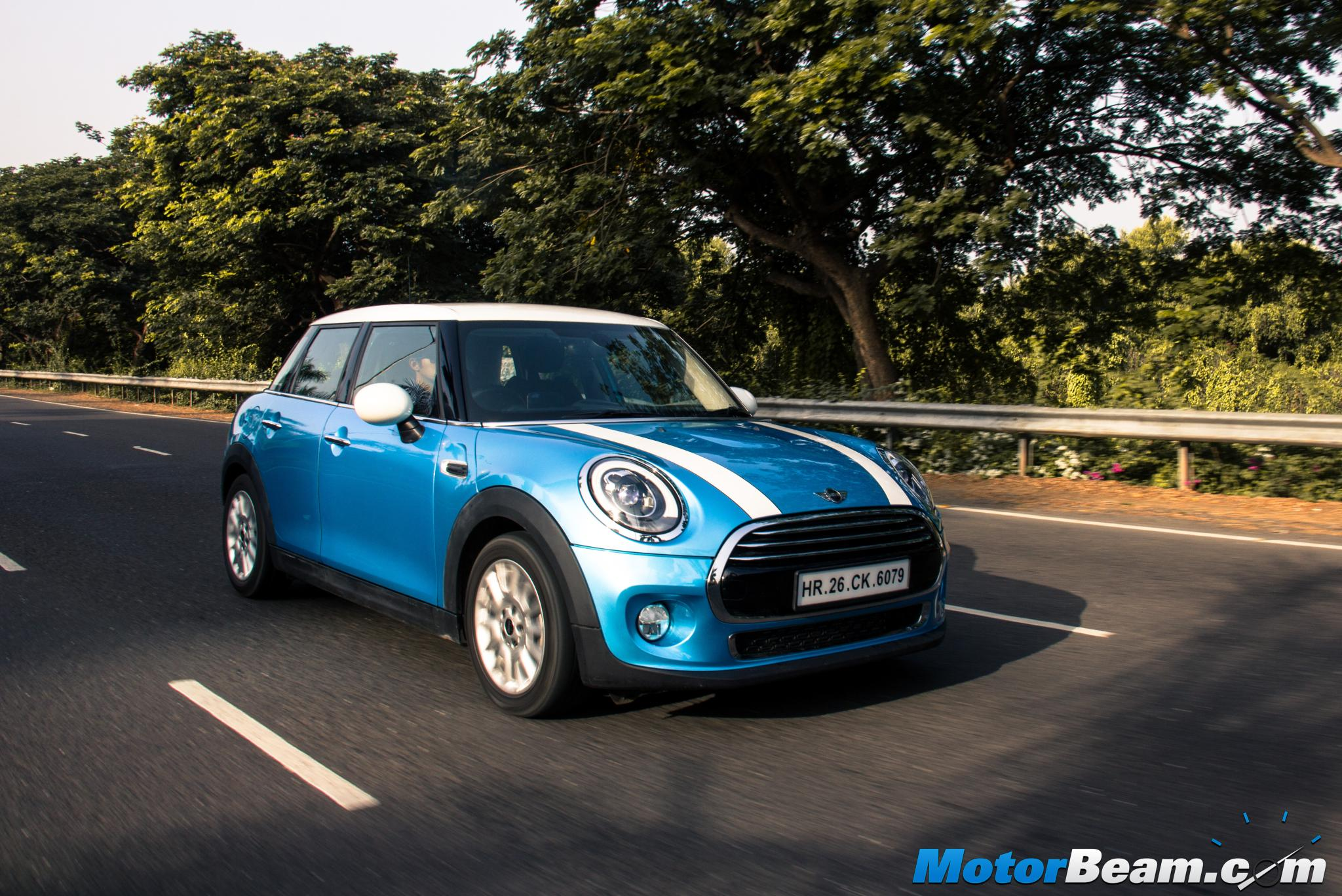 2015 MINI Cooper 5-Door Review