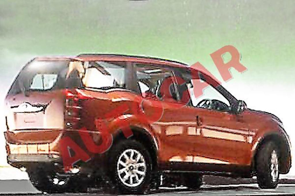 2015 Mahindra XUV500 Facelift Undisguised Side