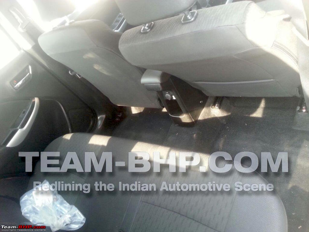 2015 Maruti YRA Undisguised Rear Space