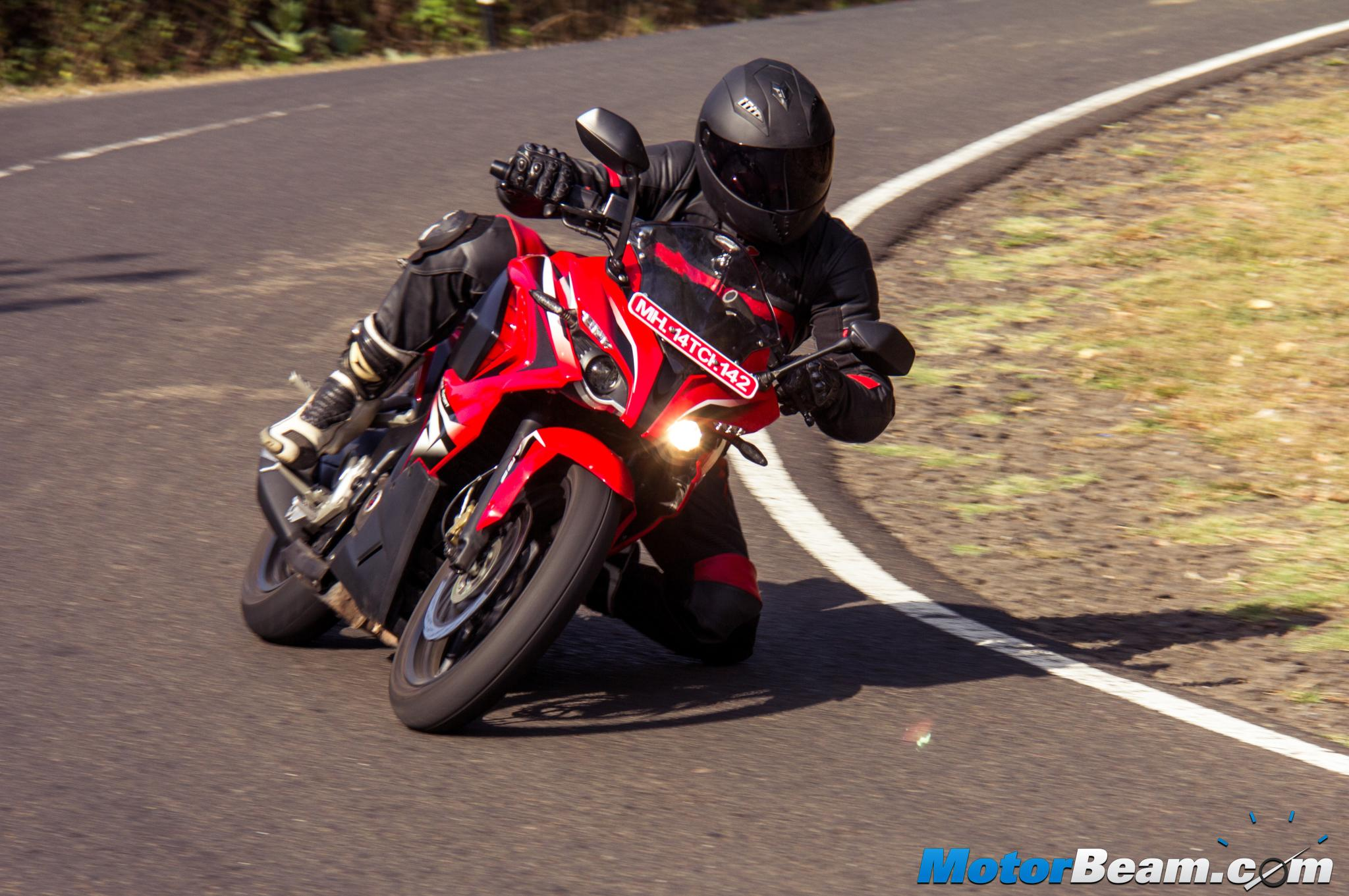 2015 Pulsar RS 200 Road Test