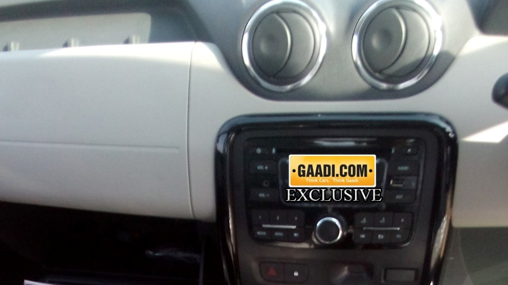 2015 Renault Duster Update Dashboard Colour