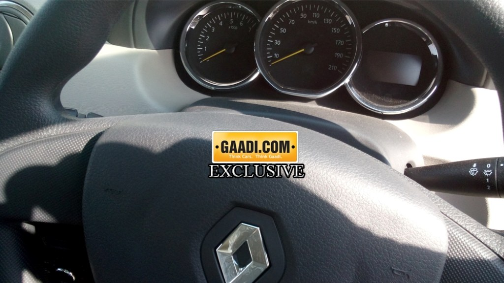 2015 Renault Duster Update Instrument Console