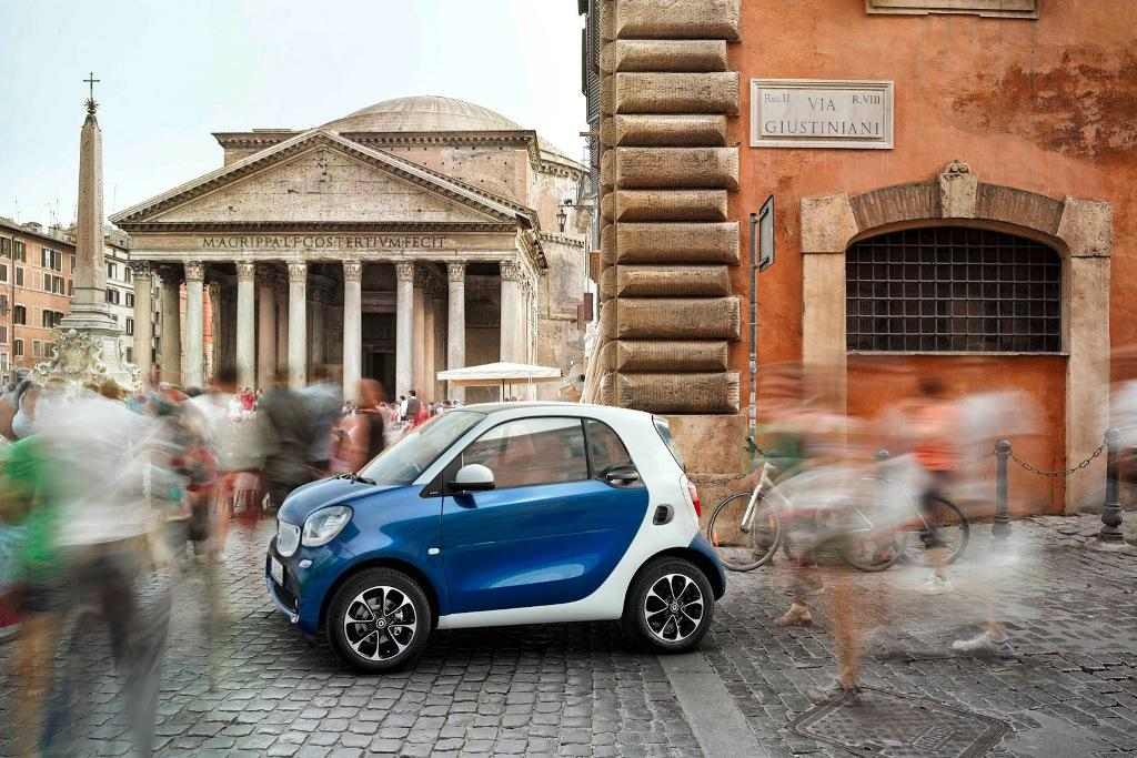 2015 Smart ForTwo Side