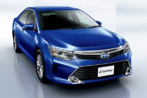 2015 Toyota Camry Hybrid Facelift